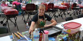 Photo of 4-H grilling