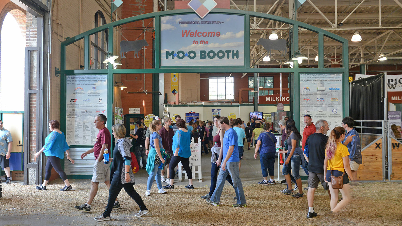 Moo Booth